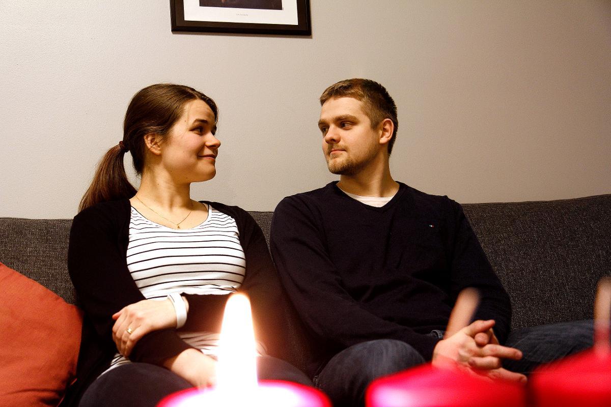 Kuva: Petri ja Emma Hiitola menivät elokuussa 2017 naimisiin ja viettävät nyt ensimmäistä yhteistä joulua.