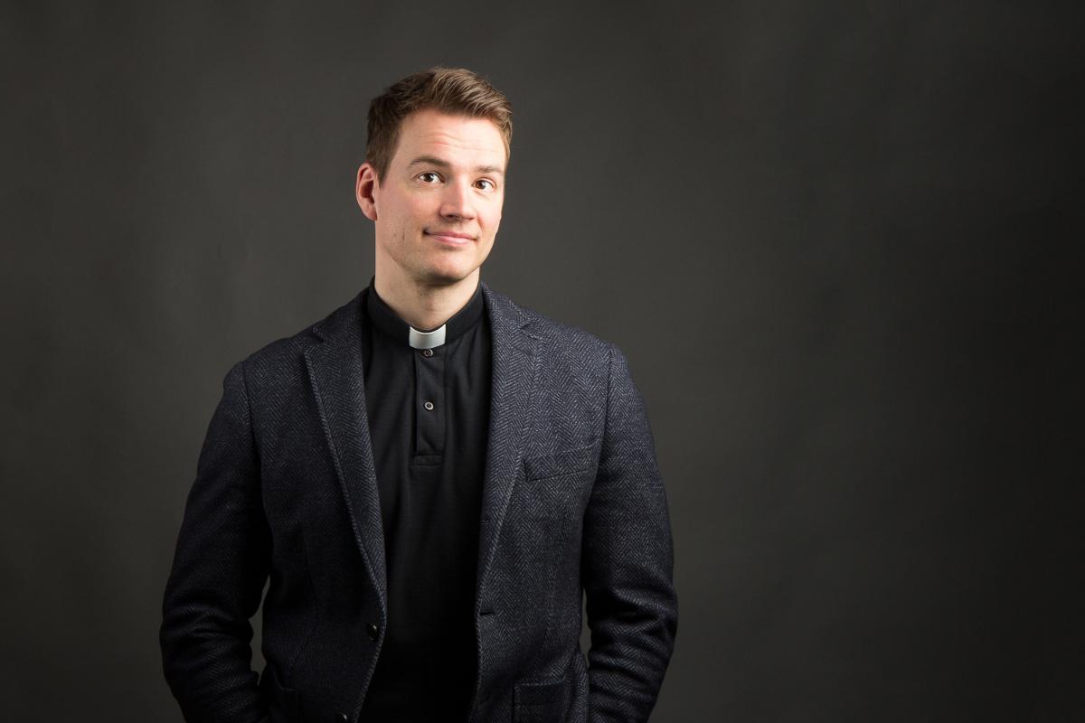 Kuva: Haukiputaan seurakunnan kirkkoherra Jaakko Tuisku.