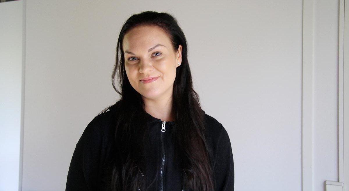 Eleonoora Simi opiskelee matkailualaa toista vuotta, ja on kokenut ihmisläheisen alan omakseen.