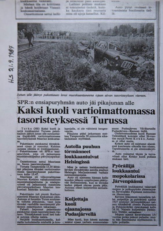 Kuva lehden sivusta, jolla kerrotaan onnettomuudesta.